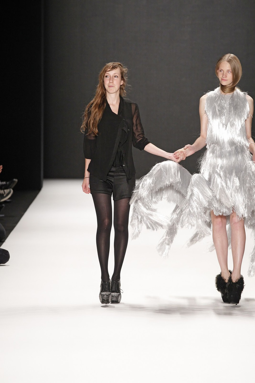 designer iris van herpen VA.jpg