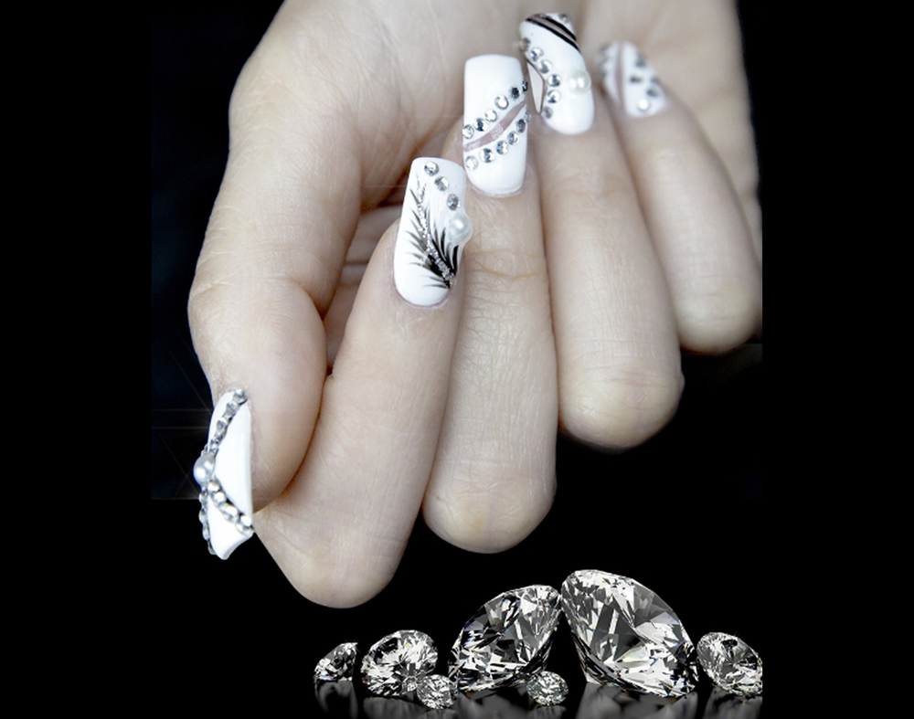 The Most Expensive Manicure in the World — Baroque Lifestyle ...