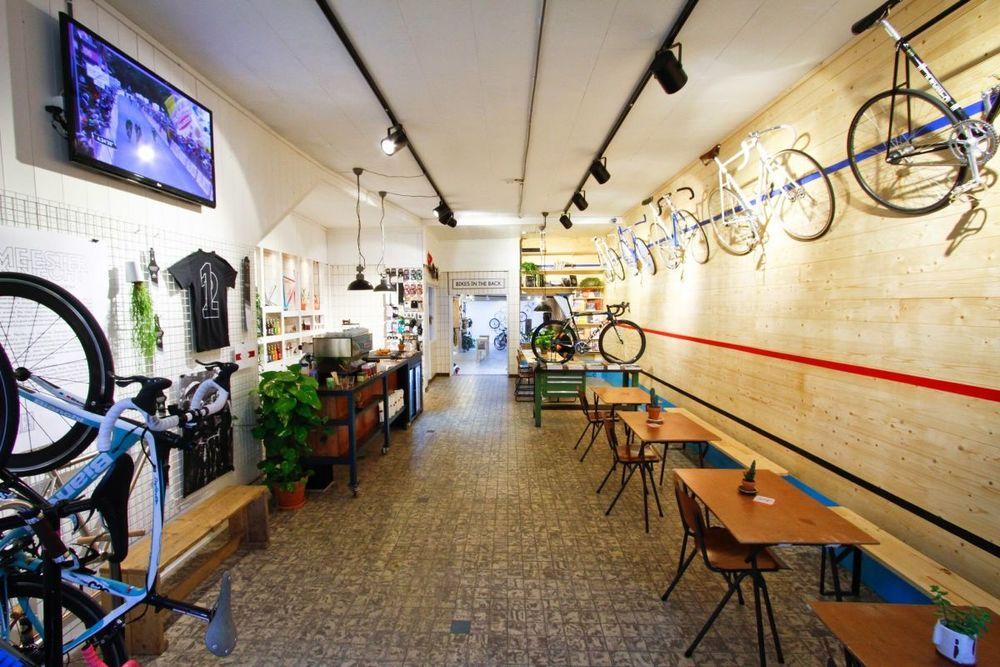 bicycle amsterdam1.jpg