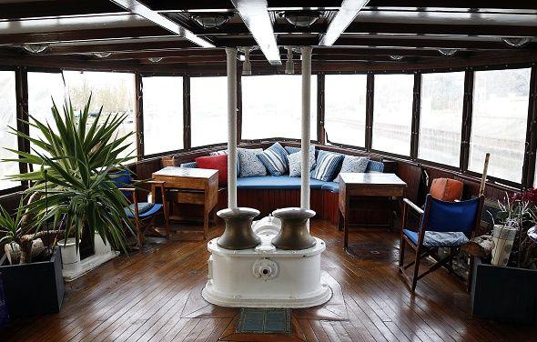 churchill yacht.jpg