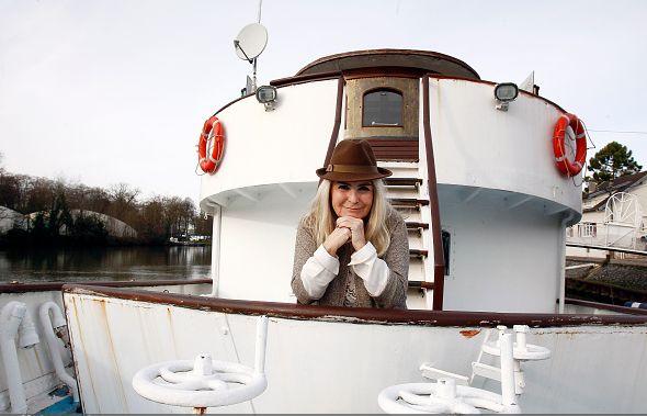 churchill yacht 5.jpg