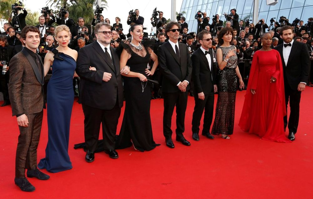stars on the red carpet cannes 20151.jpg