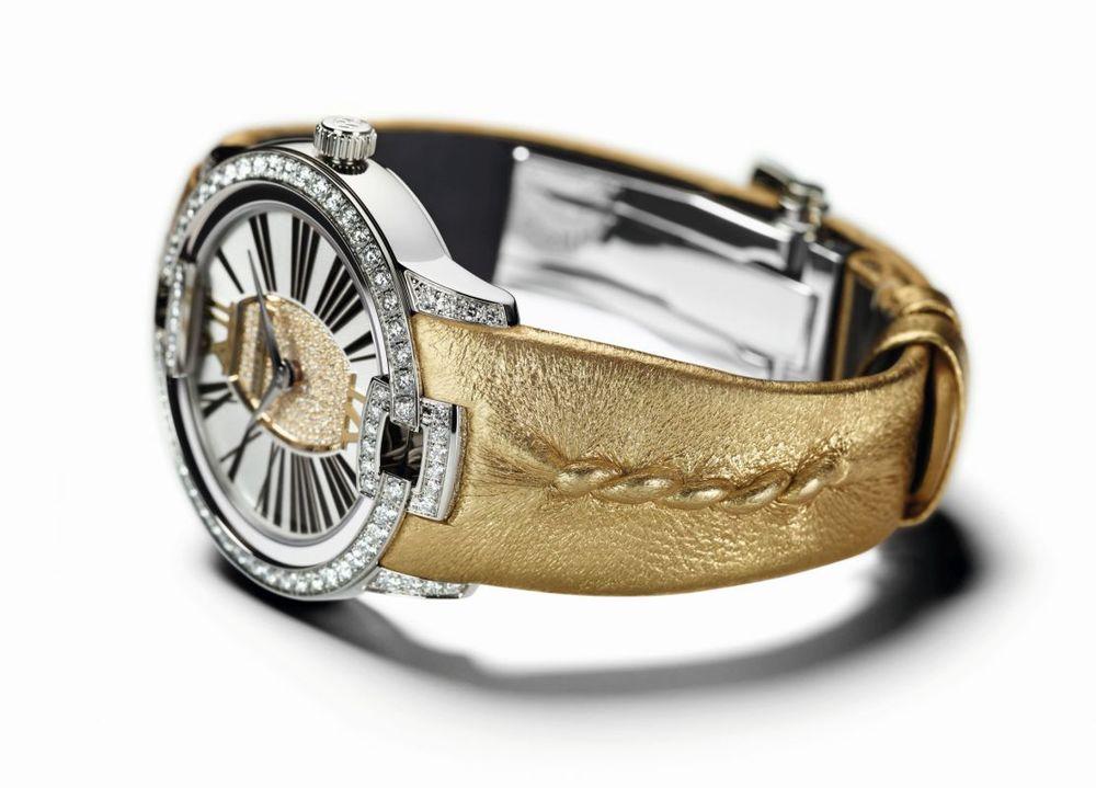 velvet watch 3.jpg