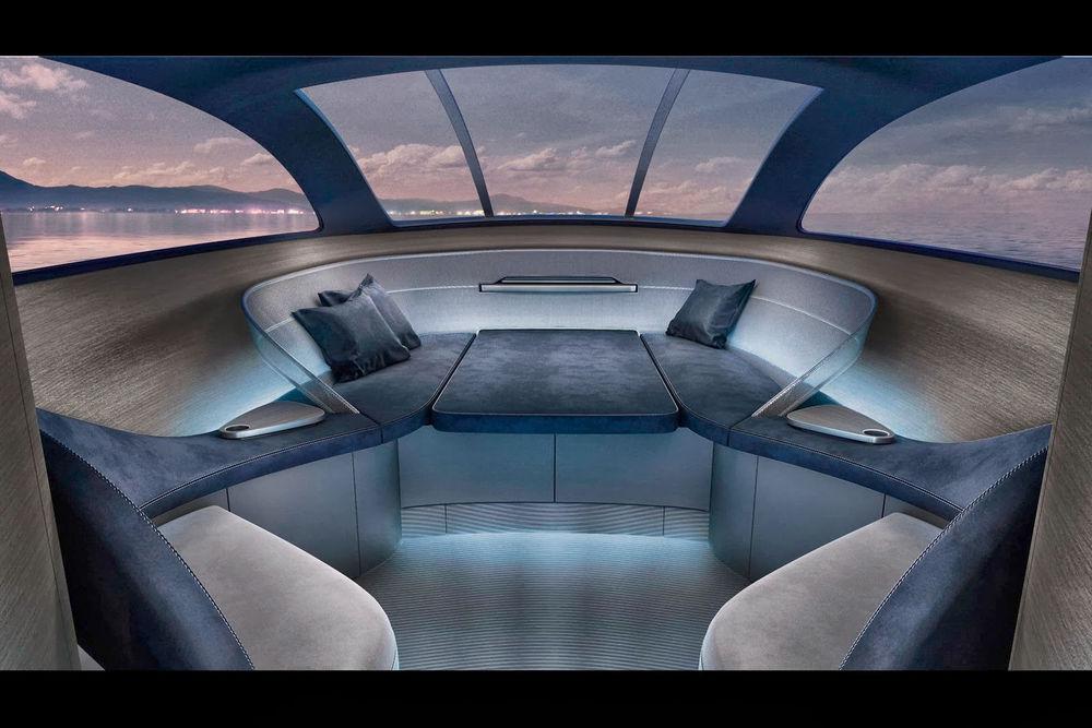 merc yacht 1.jpg
