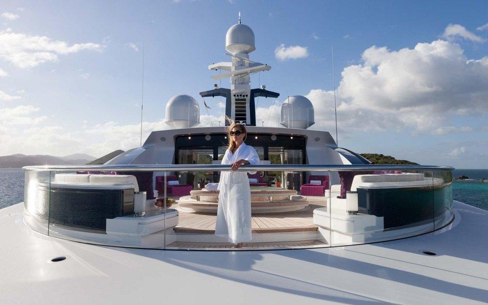 Mega yacht Solandge