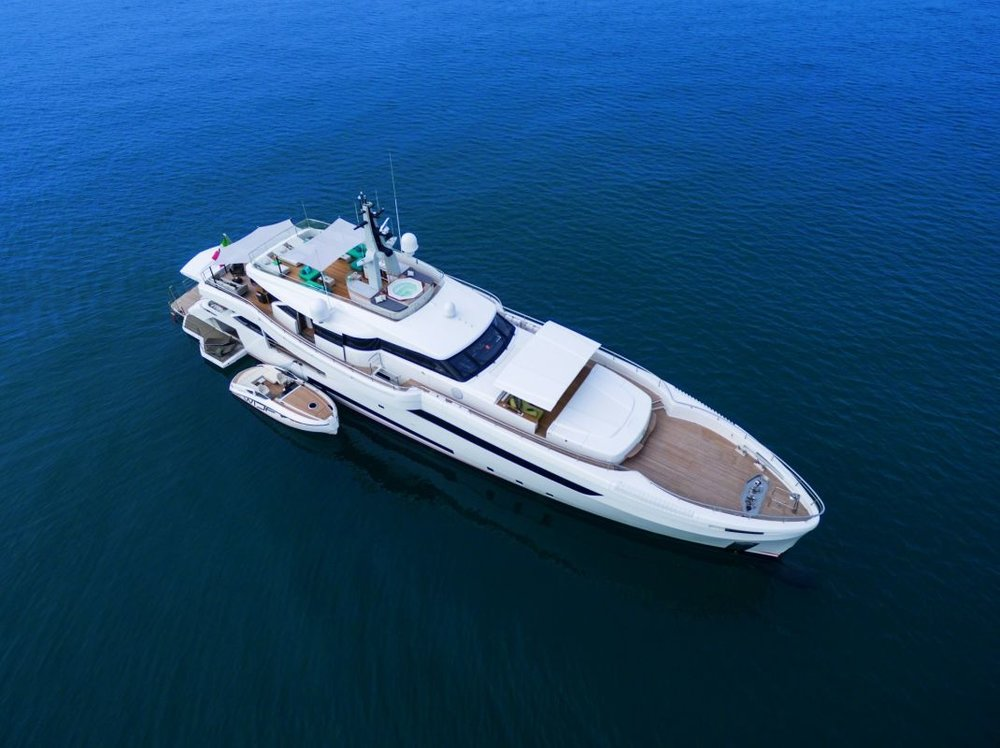 Super yacht Genesi