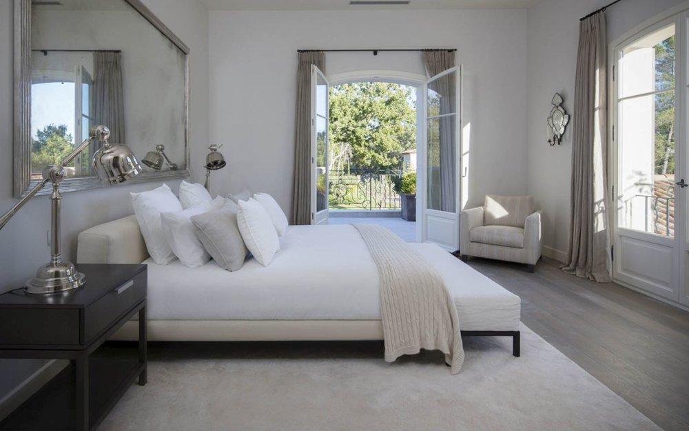 Villa la bergerie bedroom 2.jpg