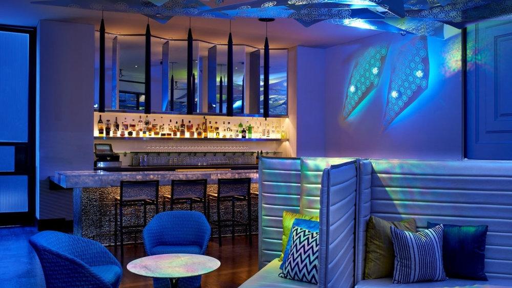 los-angeles-bar-living-room-bar-1.jpg