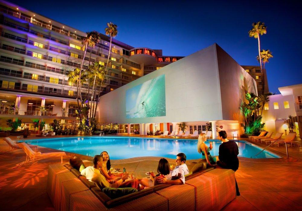Beverly Hilton 1.jpg