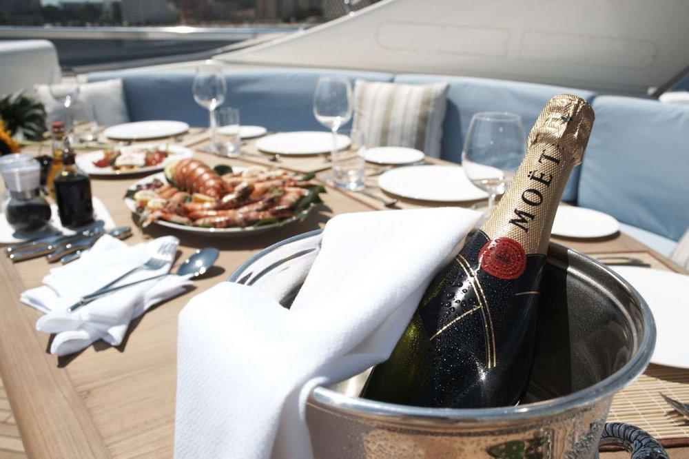luxury yacht mallorca.jpg