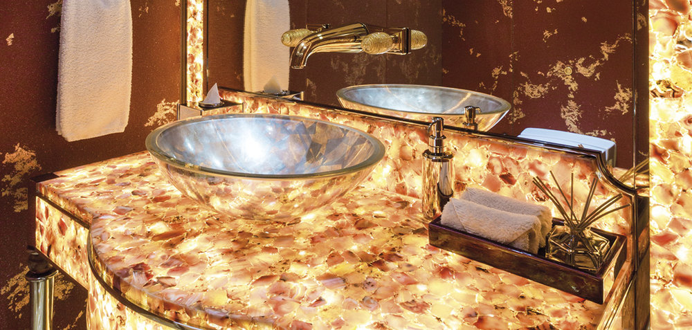 solandge bathroom.jpg