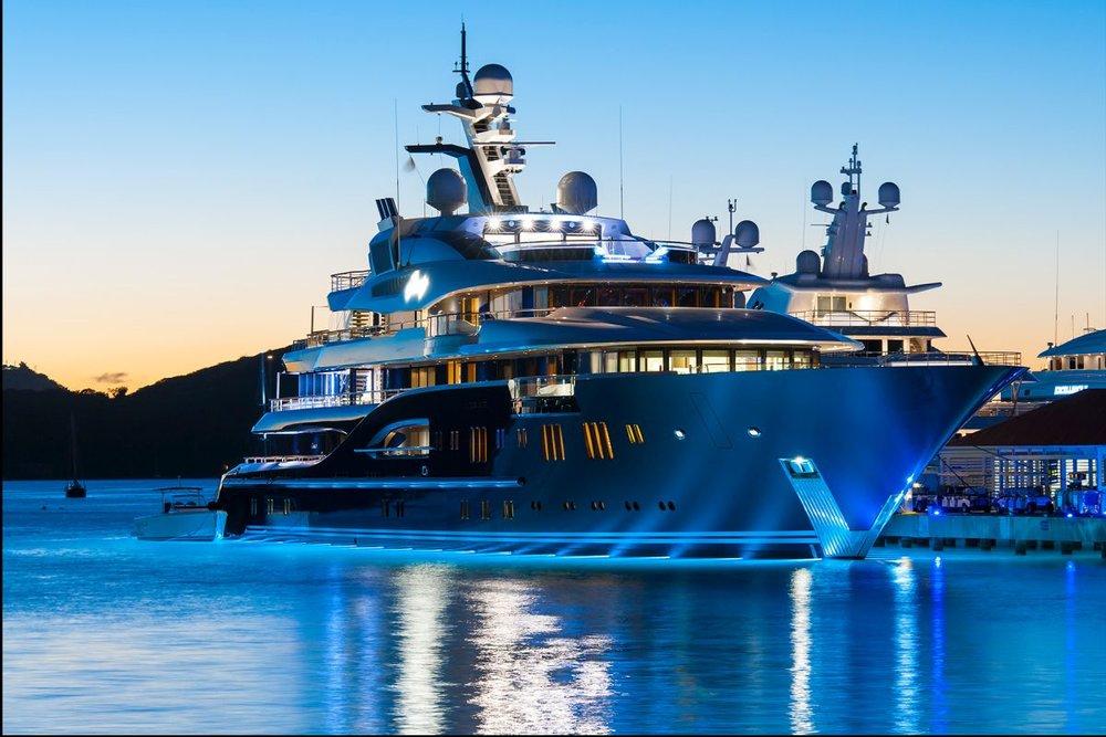 solandge yacht.jpg
