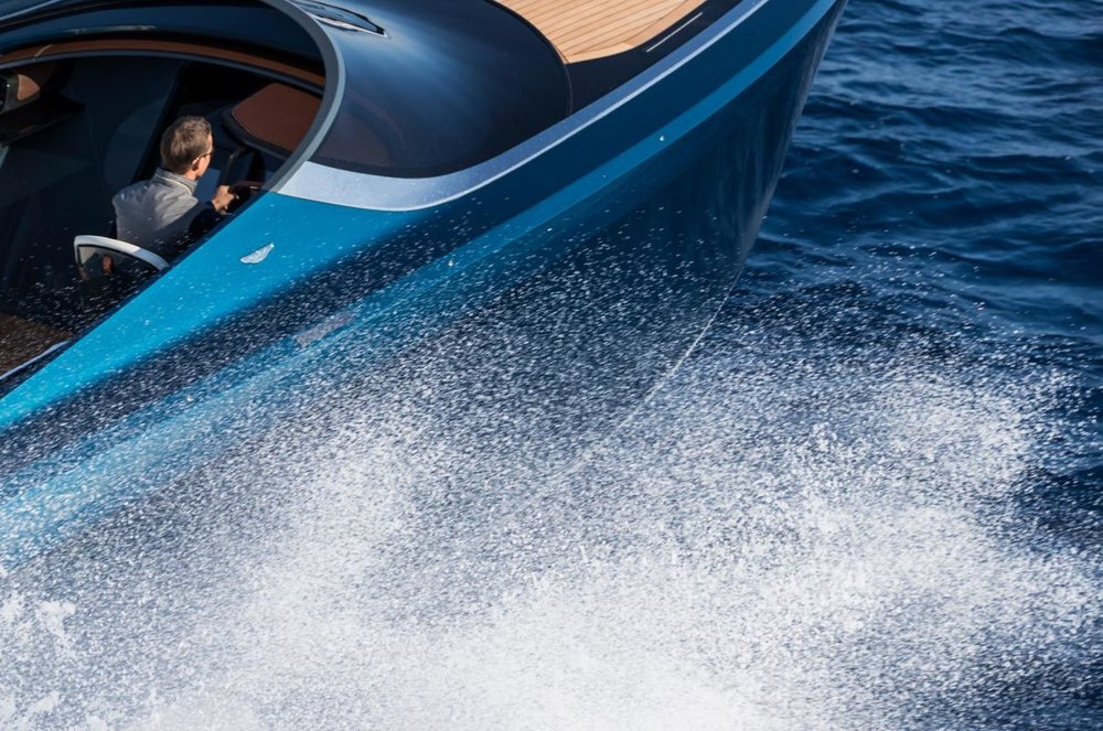 aston powerboat 3.jpg