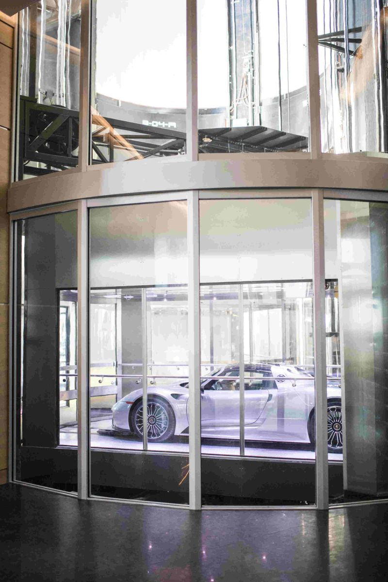 porsche tower lift.jpg