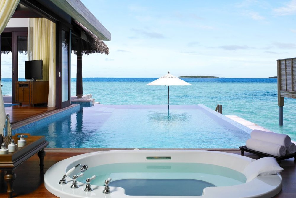 maldives luxury 32.jpg