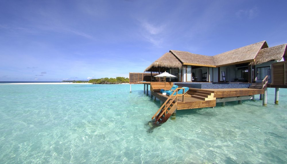 maldives luxury 1.jpg