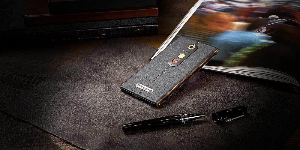 lambo phone 7.jpg
