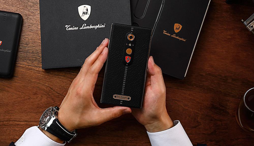 lambo phone 8.jpg