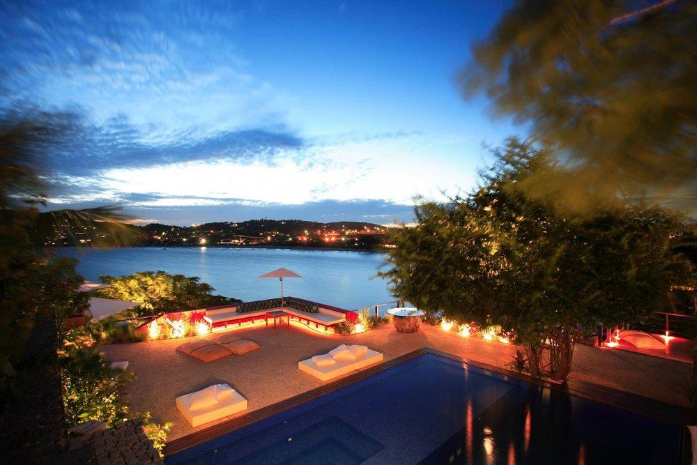 boutique-hotel-Ins+¦lito-Boutique-Hotel-B+¦zios-Exterior-swimming-po-4-3-2.jpg