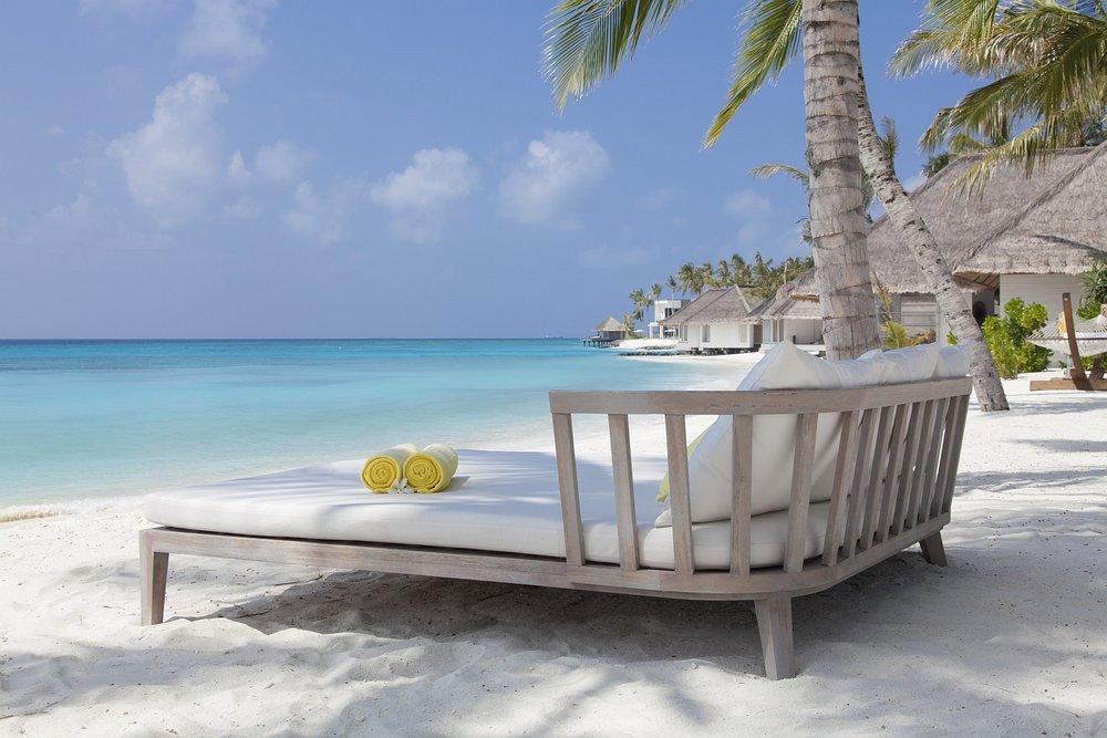 maldiveshublot2.jpg