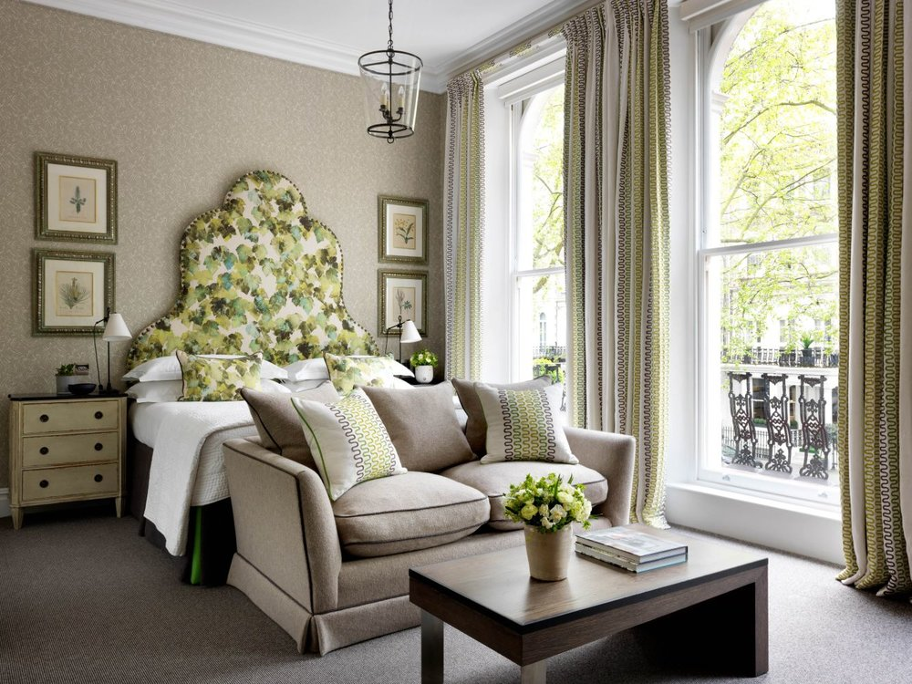 knightsbridge-hotel-junior-suite-v2-R-r.jpg