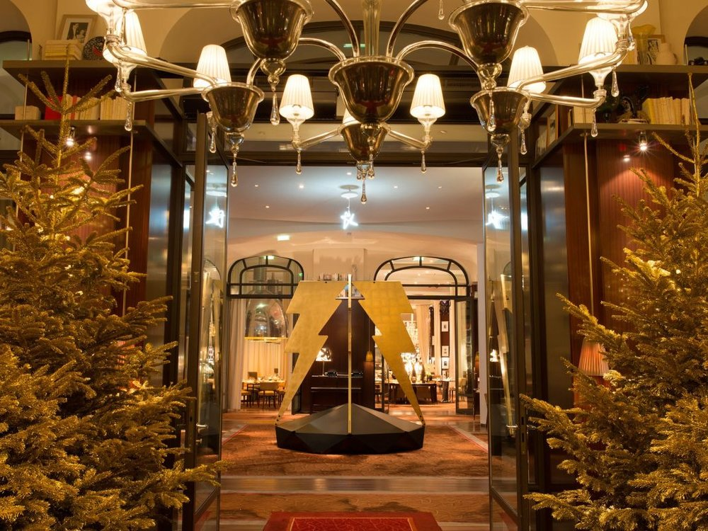 christmas-hotels-Royal-Monceau-Raffles-Paris-cr-courtesy.jpg