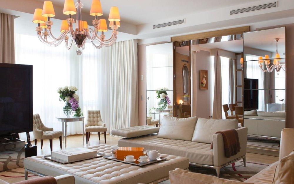 katara pres suite royal manseau.jpg