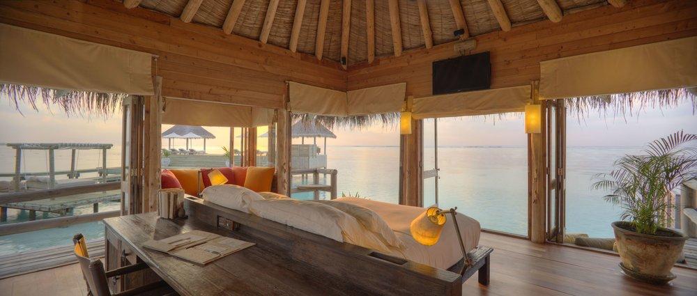 GLM_Private Reserve Master Suite Bedroom at Sunsrise 2.jpg