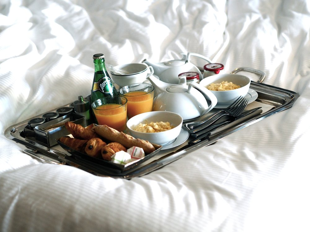 5godet  breakfast in bed.jpg