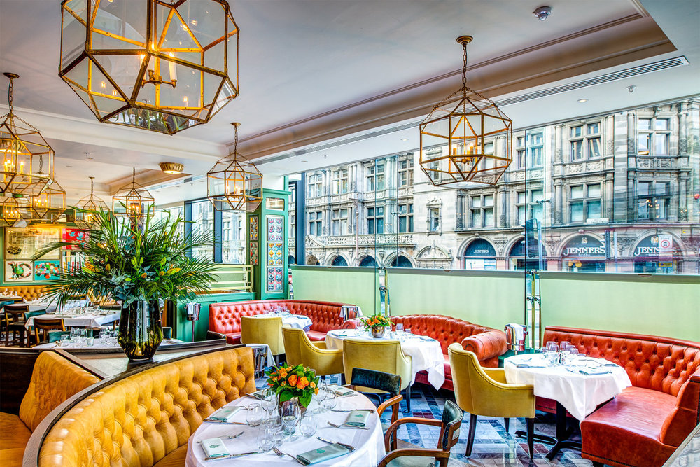 DINING AT THE IVY IN LONDON