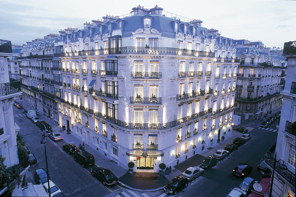 UNDERSTATED LUXURY AT LE MAURICE PARIS