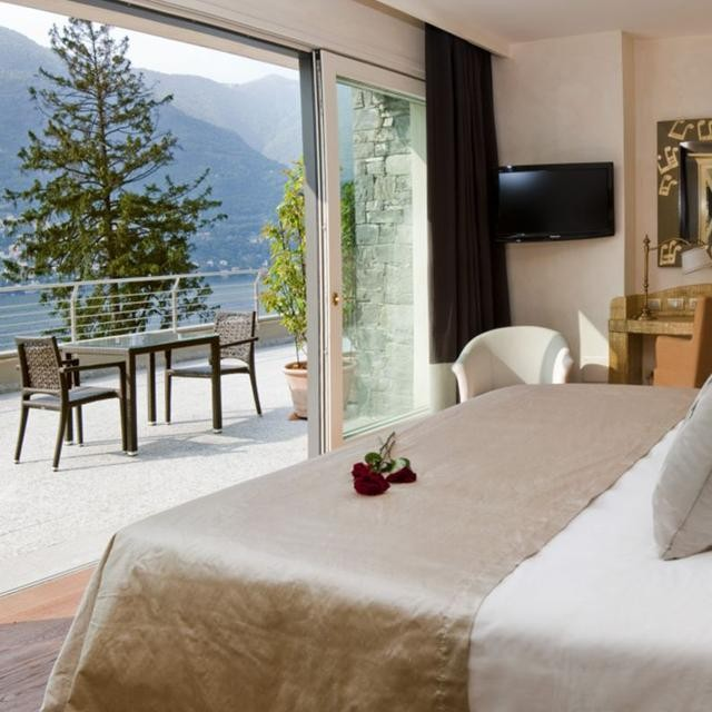 The luxurious @castadivalakecomo has reopened its doors after a long refurbishment, ready to welcome guests for the #summerseason!  #CastaDiva #LakeComo #luxuryresort #Italy #lifestyle #luxury #luxuryhotel #luxurytravel #enjoyit #bestoftheday #beautifuldestinations #beautifulplace #bestvacation #besthotel #italianday #travel #baroquelifestyle