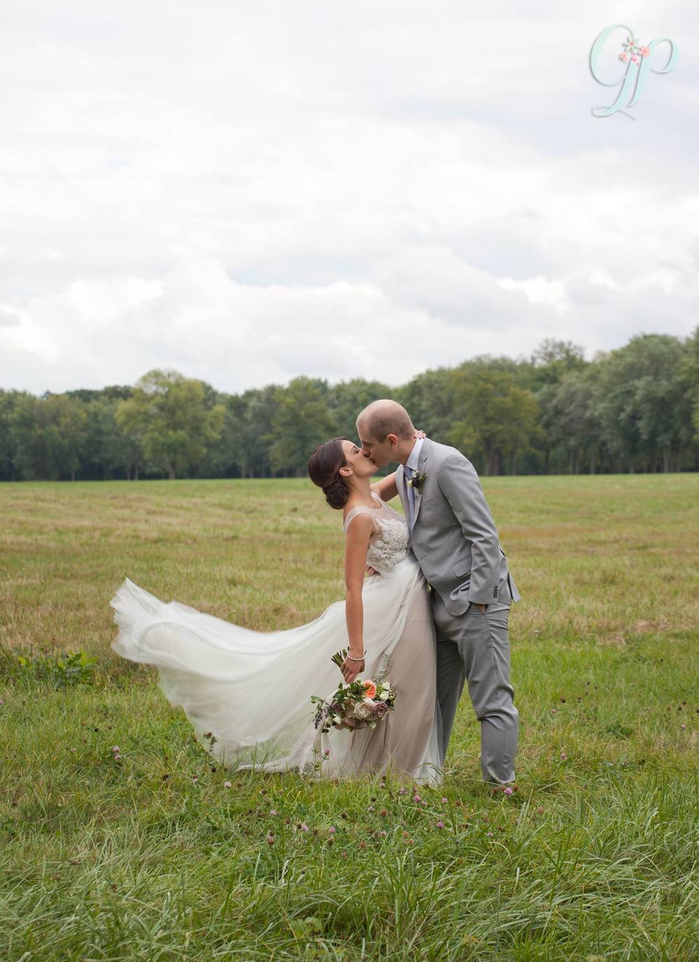 This   is one of our gorgeous sneak peeks from  Gemini Photography!  So excited to see the rest!