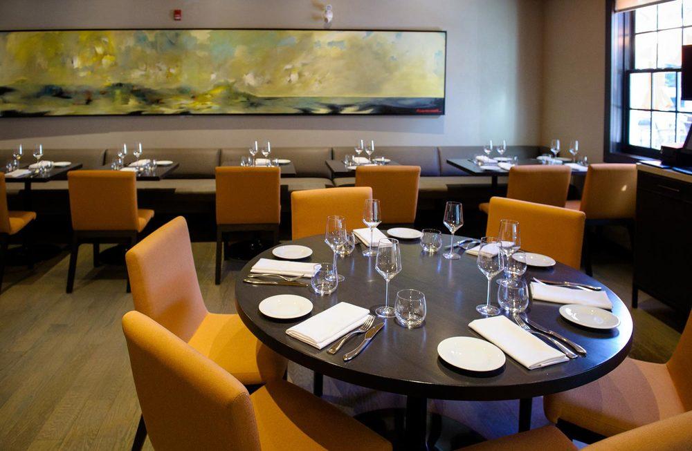 restaurantgalleryTable.jpg