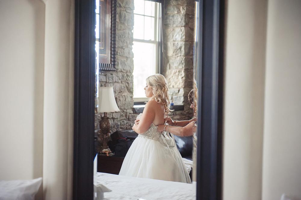 St-Catharines-Wedding-Stone-Mill-Inn-Amy-Darryl-photography-by-Morgan-Falk-012.JPG