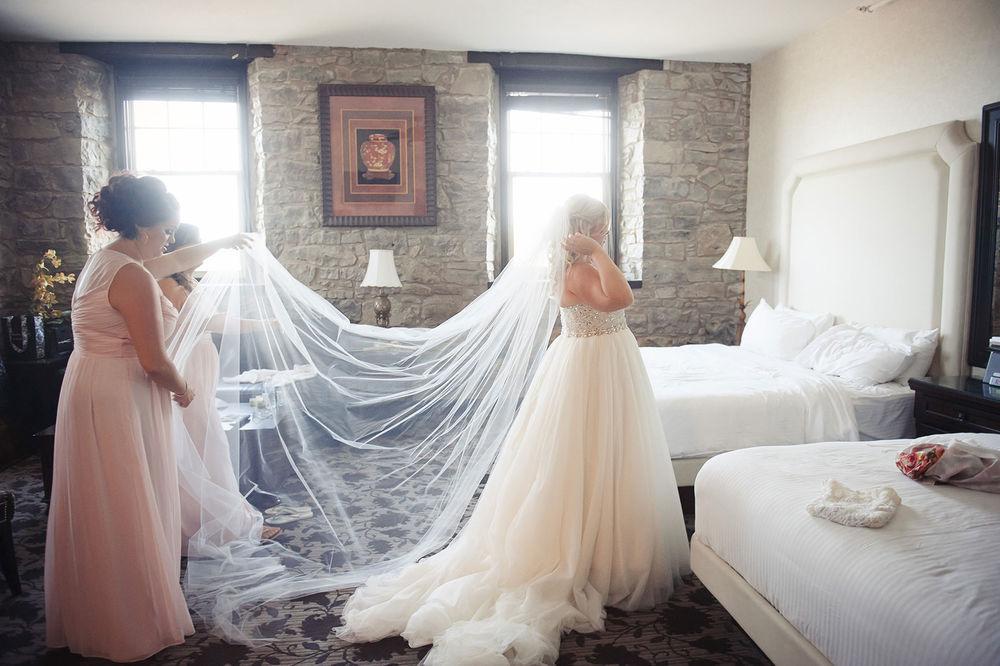 St-Catharines-Wedding-Stone-Mill-Inn-Amy-Darryl-photography-by-Morgan-Falk-016.JPG