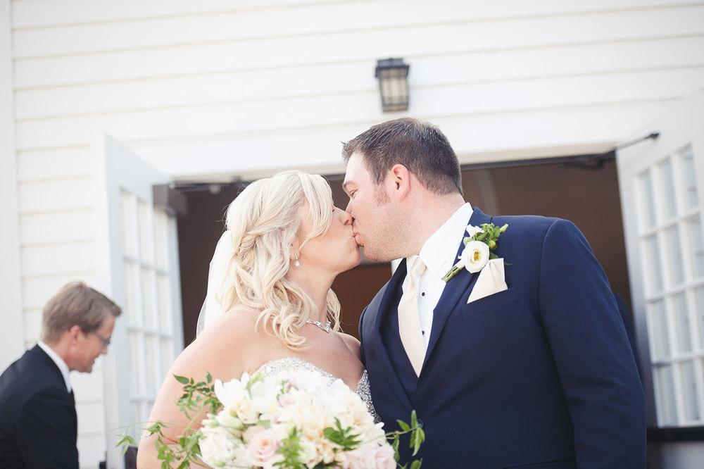 St-Catharines-Wedding-Stone-Mill-Inn-Amy-Darryl-photography-by-Morgan-Falk-031.JPG