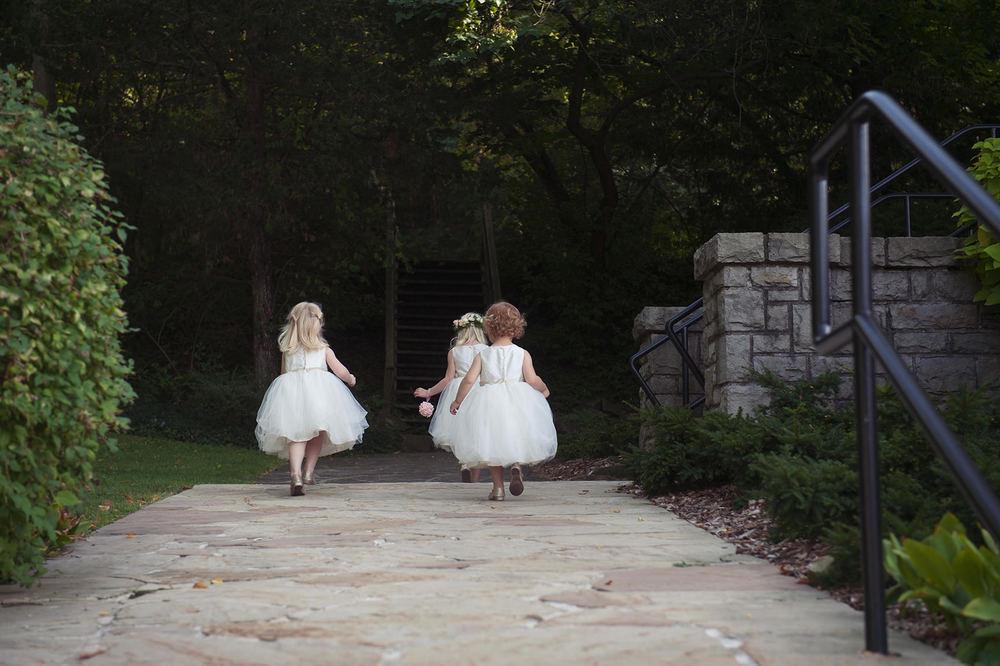 St-Catharines-Wedding-Stone-Mill-Inn-Amy-Darryl-photography-by-Morgan-Falk-036.JPG