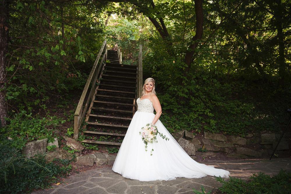 St-Catharines-Wedding-Stone-Mill-Inn-Amy-Darryl-photography-by-Morgan-Falk-037.JPG