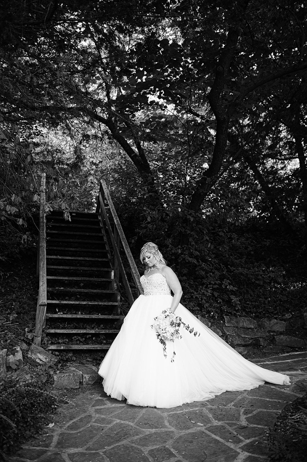 St-Catharines-Wedding-Stone-Mill-Inn-Amy-Darryl-photography-by-Morgan-Falk-039.JPG