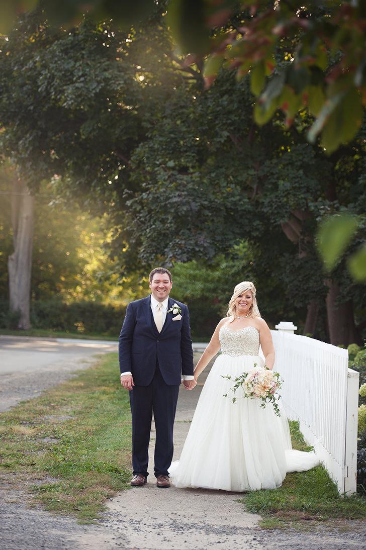 St-Catharines-Wedding-Stone-Mill-Inn-Amy-Darryl-photography-by-Morgan-Falk-050.JPG