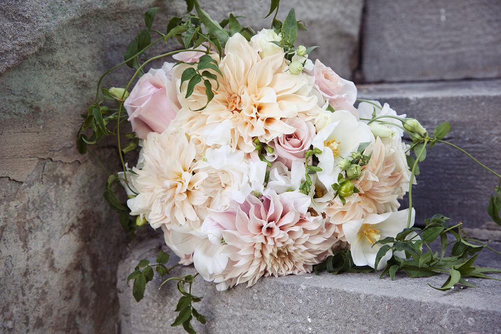 St-Catharines-Wedding-Stone-Mill-Inn-Amy-Darryl-photography-by-Morgan-Falk-055.JPG