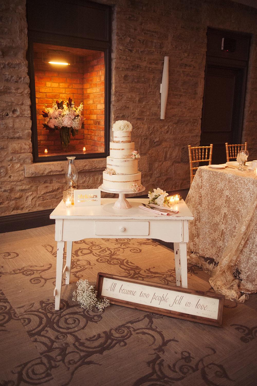 St-Catharines-Wedding-Stone-Mill-Inn-Amy-Darryl-photography-by-Morgan-Falk-075.JPG