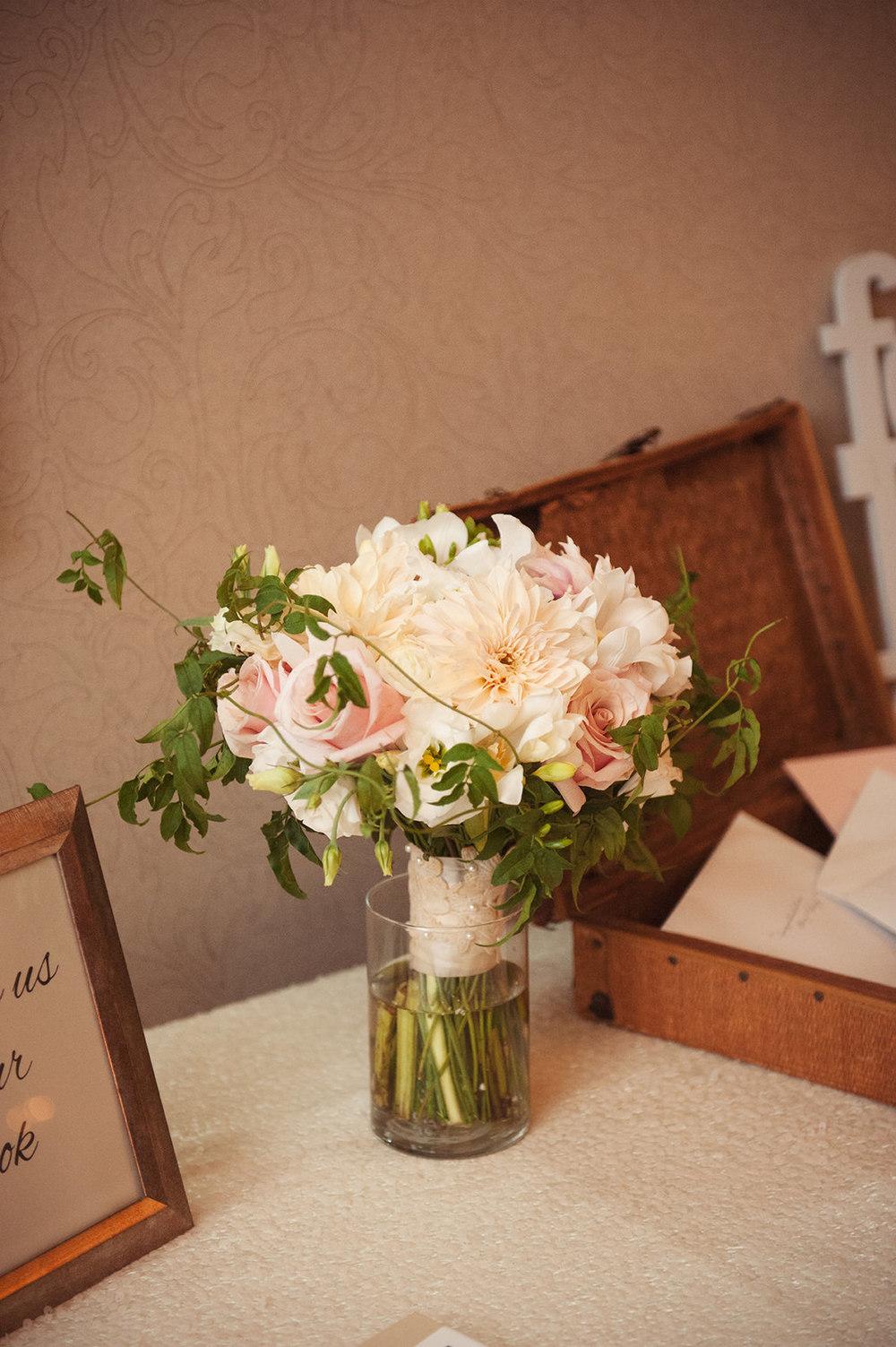 St-Catharines-Wedding-Stone-Mill-Inn-Amy-Darryl-photography-by-Morgan-Falk-106.JPG