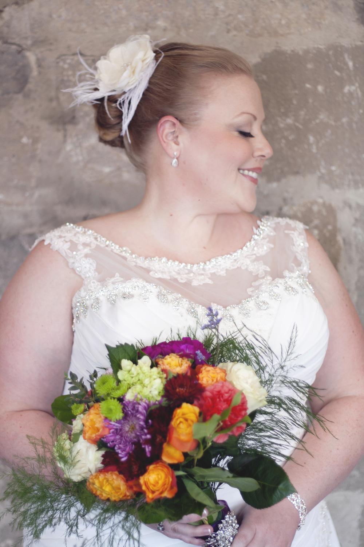 Honor Beauty, Vineyard Bride, The Swish List, Bridal Makeup, Wedding Hair and Makeup, Niagara Hair and Makeup,