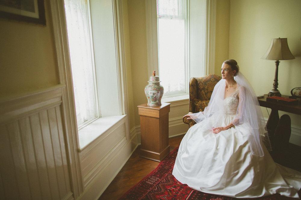 The-Grand-Victorian-Niagara-on-the-Lake-Wedding-photography-by-Amanda-Lachapelle-030.JPG