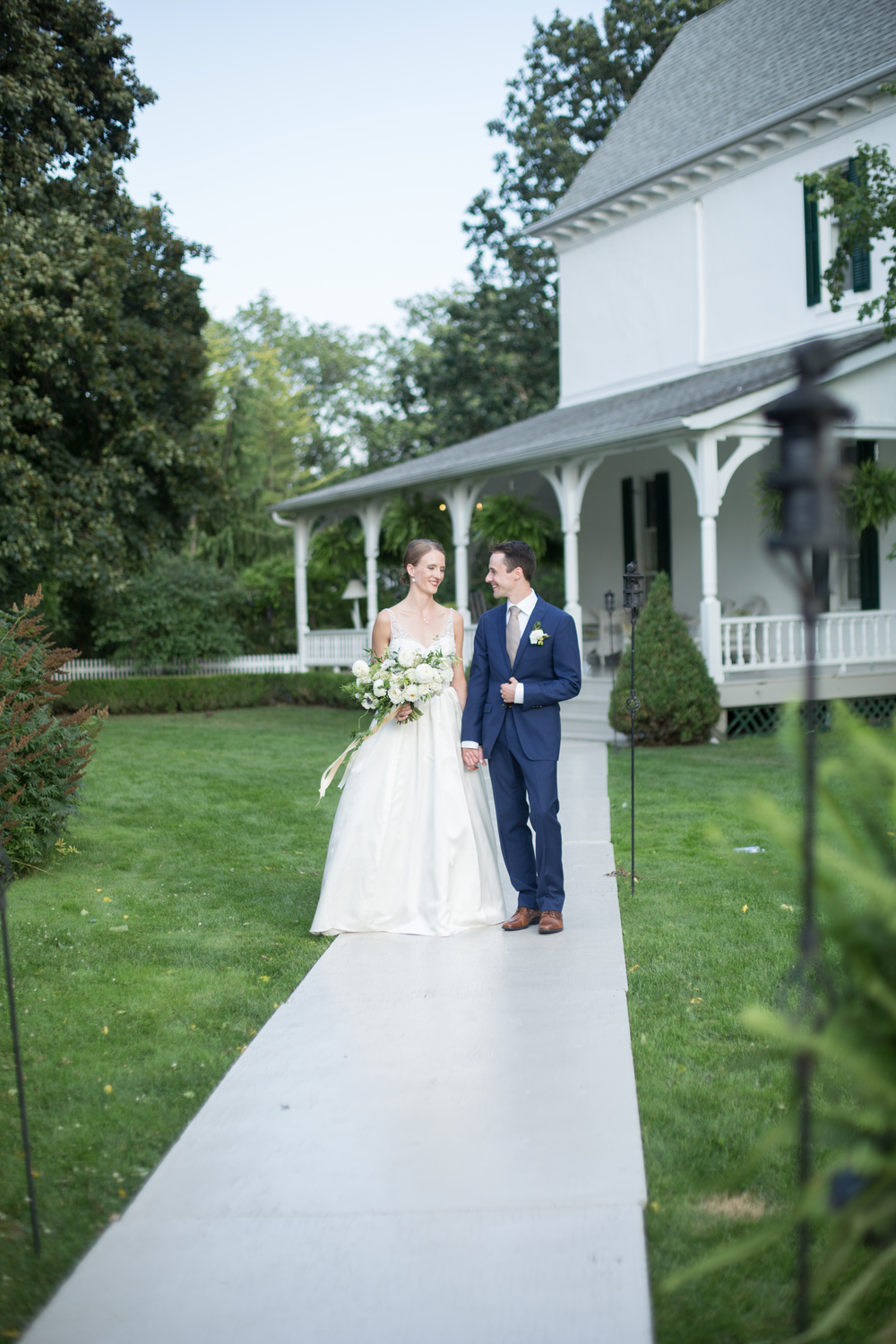 The-Grand-Victorian-Niagara-on-the-Lake-Wedding-photography-by-Amanda-Lachapelle-079.JPG