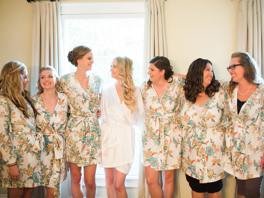 Kurtz-Orchards-Niagara-on-the-Lake-Wedding-photography-by-When-He-Found-Her-007.JPG