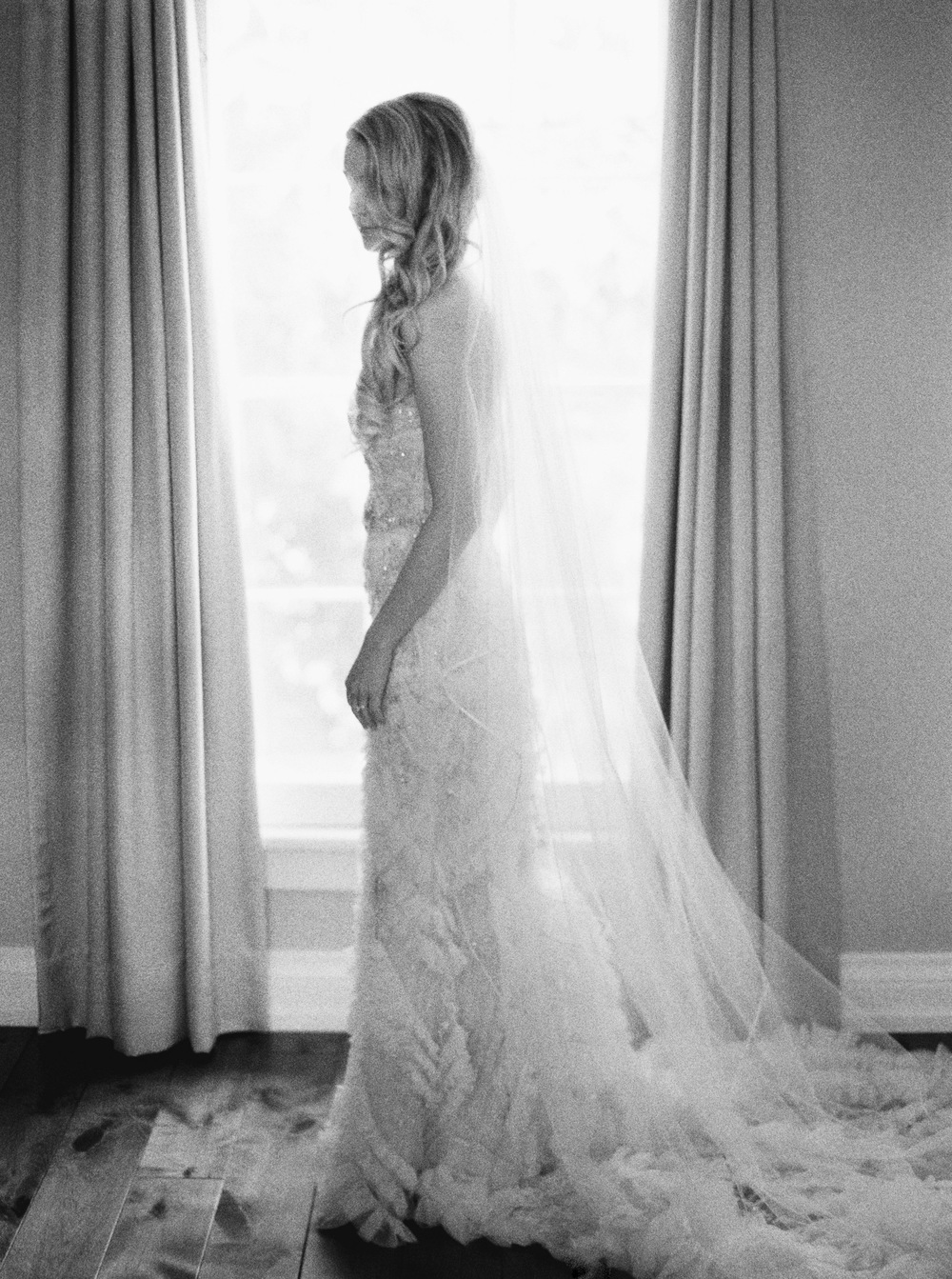 Kurtz-Orchards-Niagara-on-the-Lake-Wedding-photography-by-When-He-Found-Her-022.JPG