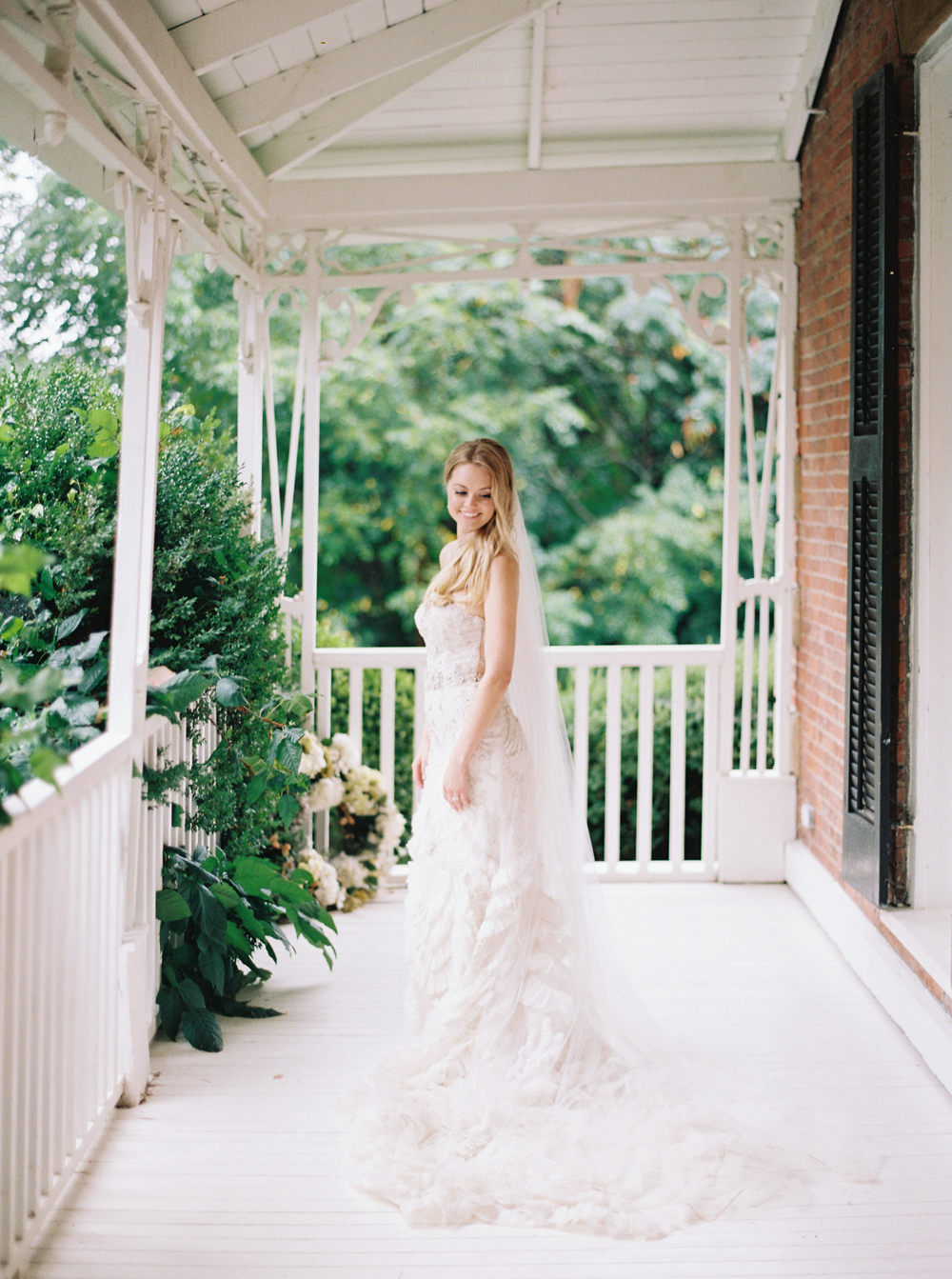 Kurtz-Orchards-Niagara-on-the-Lake-Wedding-photography-by-When-He-Found-Her-066.JPG